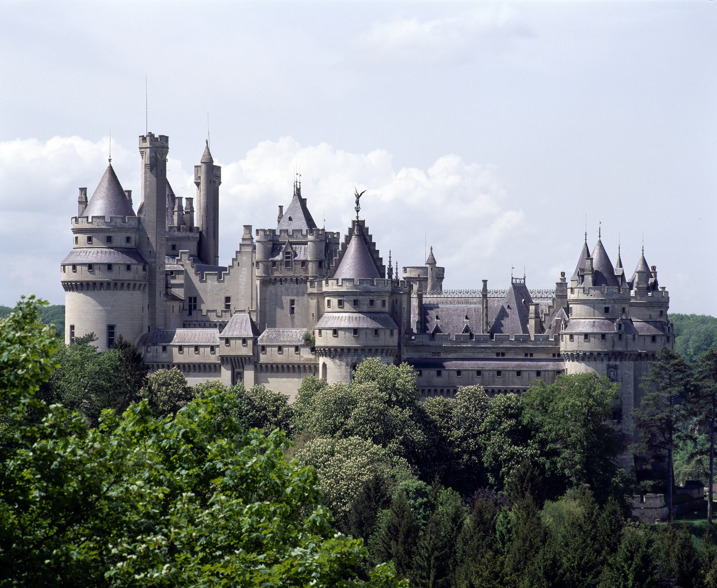 Chateau Hotels Near Caen France
